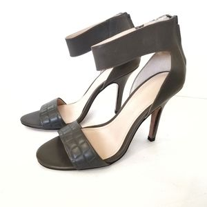 NEW Saks Fifth Avenue Charcoal Grey Heels 9M